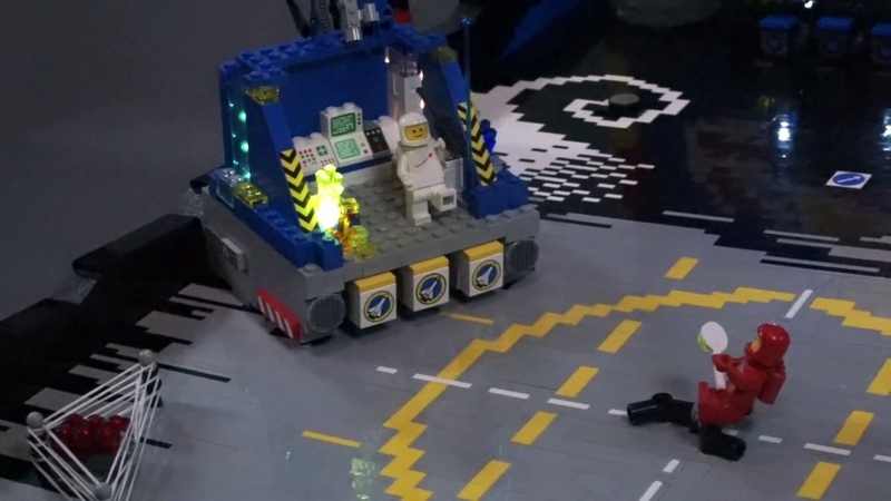 Benny's Spaceship Adventure, A Pinball Machine Made From LEGO
