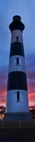 Американский фотограф Trey Ratcliff родился в 1971 г. Его правый глаз - слепой от рождения. Математик и компьютерщик по образованию (окончил в 1995 г Southern Methodist University)Его хобби -