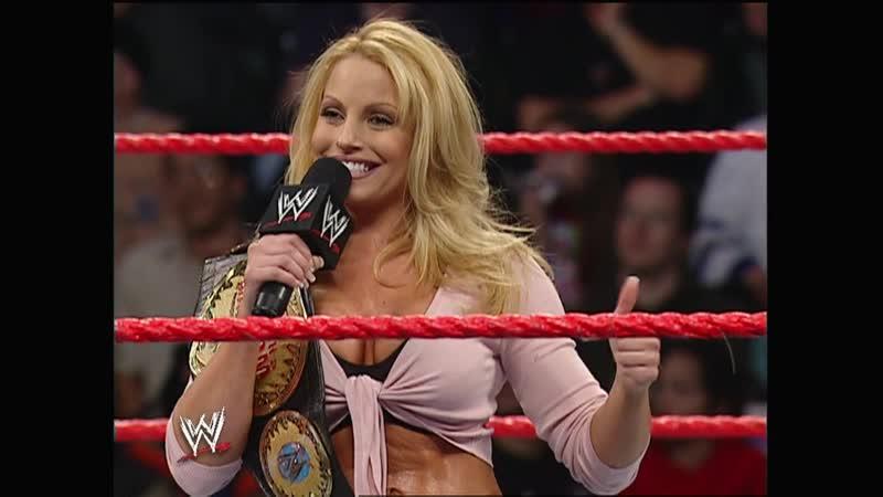 Raw 01.17.2005 - Kane chokeslamed Trish Stratus
