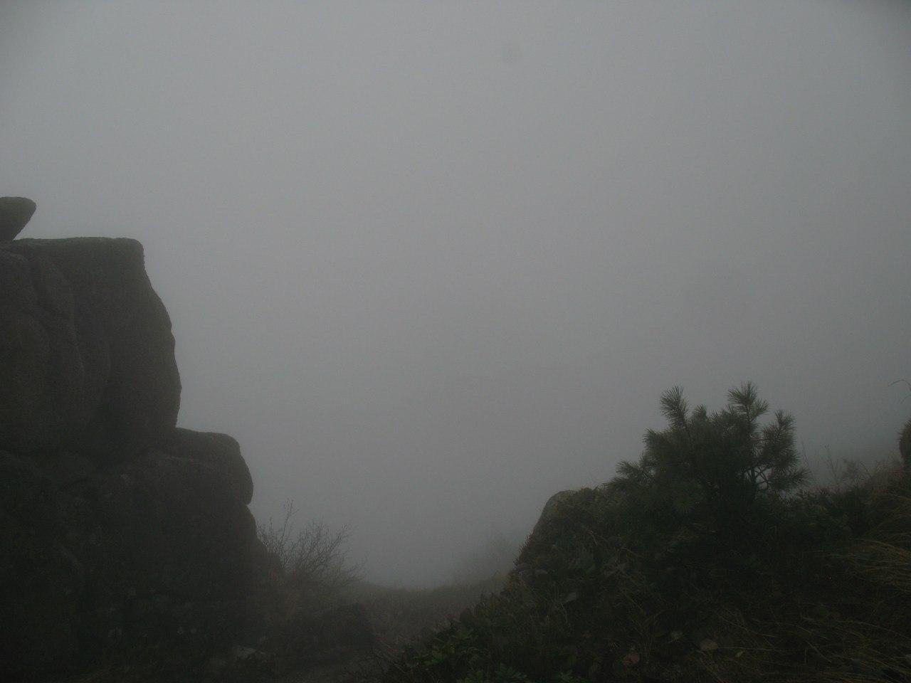 Сначала вид с перевала Тайгиш был такой.