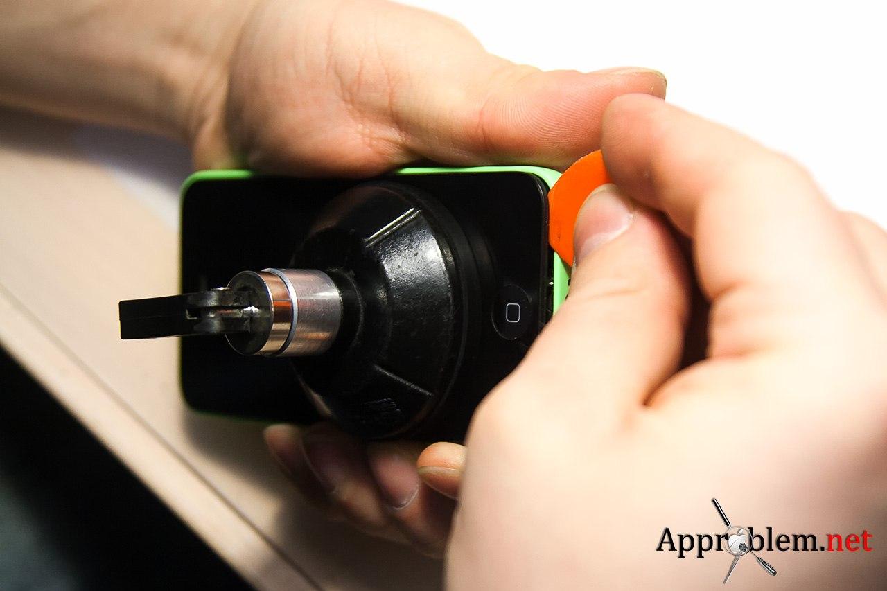 заменить дисплей iPhone 5C
