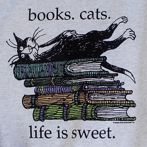 ЭДВАРД ГОРИ: ЧАЙ С КОТАМИ И ПРИВИДЕНИЯМИ Любитель меховых шуб и кошек, автор многочисленных иллюстрированных книг, изрядно приправленных черным юмором и абсурдом, любимец американских детей,