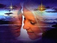 Коснусь души..  Целую сердцем твое сердце,  Коснусь души душою...  Беззвучно, ласково и нежно,  Невидимой волною.