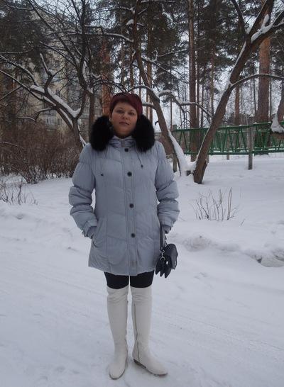 Оксана Ушакова, 14 апреля 1982, Снежинск, id181911162