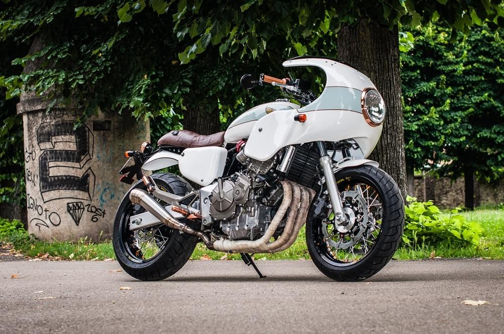 Metalbike Garage: кастом Honda CB600F