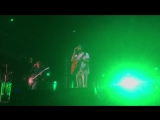 Kasabian - La Fee Verte (live snippet at Ferrara Sotto Le Stelle)