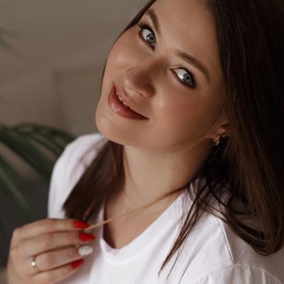 Елена Кормакова