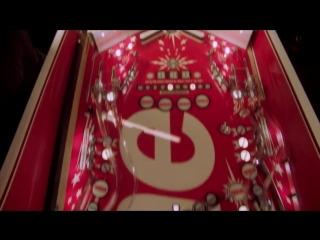 Supreme pinball machine