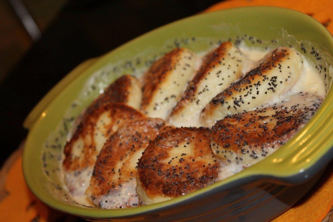 Сырники с маком в сладком сливочном соусе Творог-300