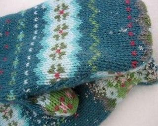 Варежки из ненужного свитера