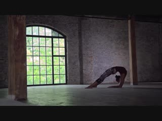 Универсвальная йога / Алена Тихонова