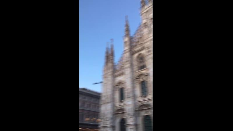One love 🥰 Milan 🤤🌸
