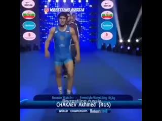 Ahmet Chakayev_muscle_type_1_2__hearts_ ( 640 X 640 ).mp4