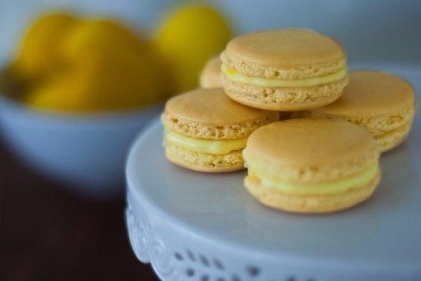 Лимонные макаруны Ингредиенты: Для печенья: ● 200 г сахара ●