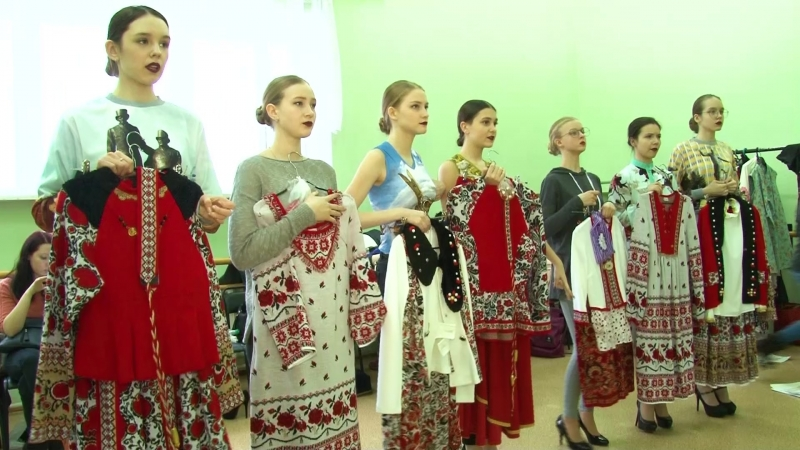 Сарапул.Показ коллекции Любавана конкурсе Мисс СОДРУЖЕСТВО-2018