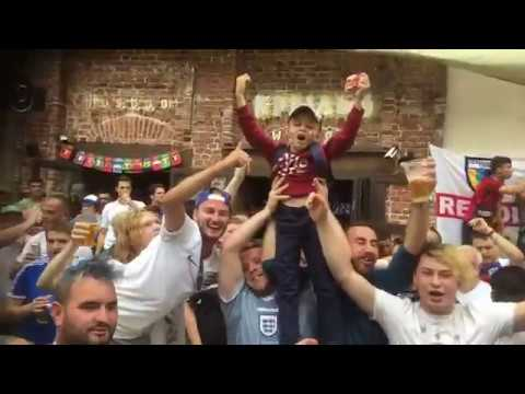 ENGLAND FANS ON TOUR IN MOSCOW AT THE MATCH VS COLUMBIA 3.07.2018