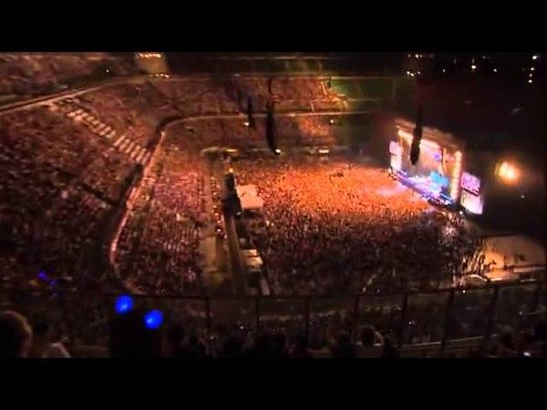 Laura Pausini ft Elisa Tra Te E il Mare Live at San Siro Traducción en Español