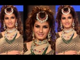 IIJW 2014: Wow Raveena Tandon Looks Ravishing at IIJW Fashion Show
