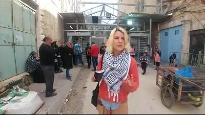 Paralysie de la vie des Palestiniens à al-Khalil (Hébron), lors dune fête juive, tandis que les colons juifs sont libres de par
