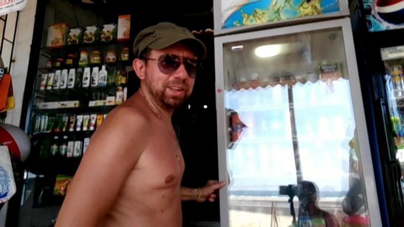 Жить в холодильнике. Гоа, пляж Ашвем. Goa Ashvem