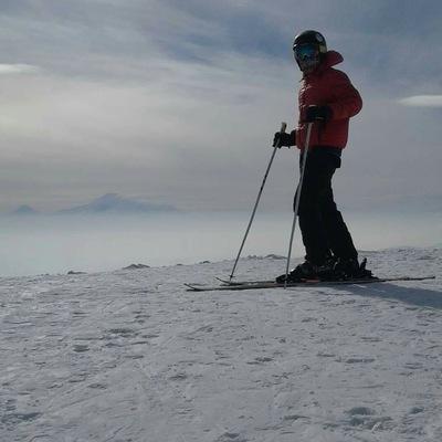 Инструктор-По-Горным Лыжам-В-Цахкадзоре