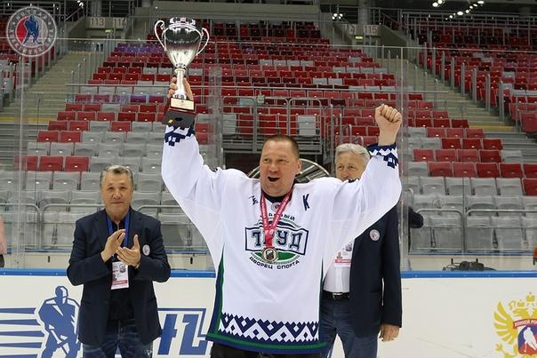 #ГордостьНАО | «ТРУД» стал серебряным призером Ночной хоккейной лиги