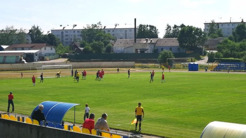 гол 0:1 Ливадия-Юни: Старые Дороги