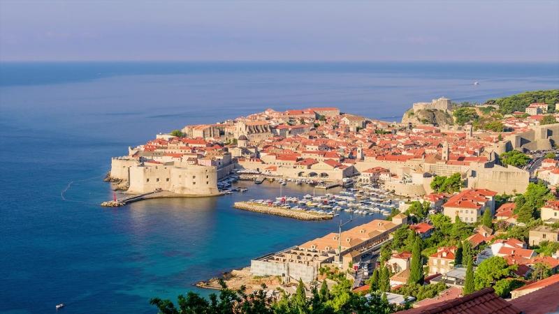 Dubrovnik old town. Timelapse