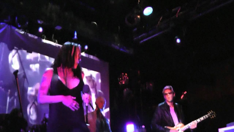 Beth Hart and Joe Bonamassa - Something's Got A Hold On Me (WOW!) @ Echoplex 9-19-11