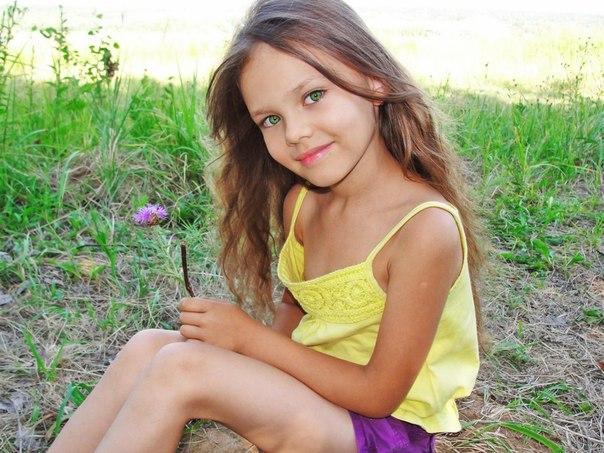 young preteen models photos. u041du0438u0436u0435 u043fu0440u0435u0434u0441u0442u0430u0432u043bu0435u043du044b u0432u0441u0435