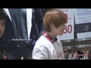 FANCAM 111118 Adorable Onew eye smile talking with fans waving @ Maypole Fansign