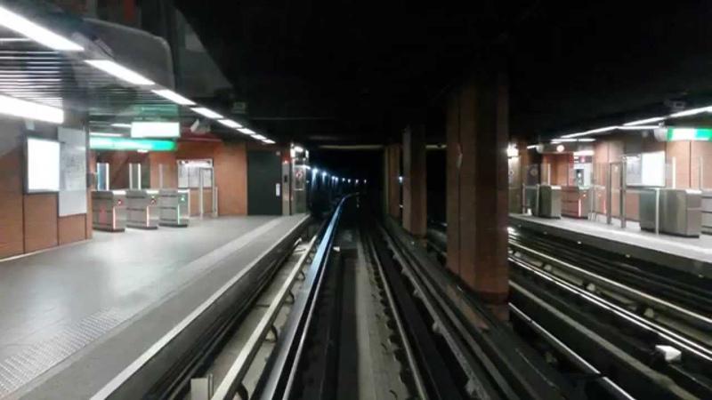 Lyon Metro D - Cab ride - Ligne D avec éclairage with tunnel lights on [HD] - Vénissieux-Vaise