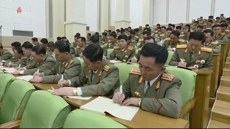 우리 당과 국가, 군대의 최고령도자 김정은동지께서 조선인민군창건 71돐에 즈음하여 인민무력성을 축하방문하시고 강령적인 연설을 하시였다