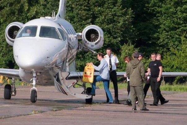 У Яценюка развенчали слухи об его отдыхе в США - Цензор.НЕТ 5967