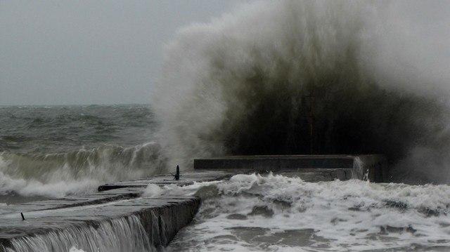 В Таганроге и области ожидается сильный дождь, гроза, град и ветер до 24 м/с