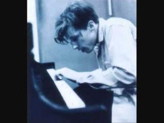 "Glenn Gould Beethoven ""Six Bagatelles op. 126""  No. 2"