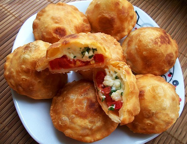 Пирожки «Бомбочки» из заварного теста на кефире