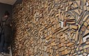 Мозаика из столярного мусора в галерее в Мексике