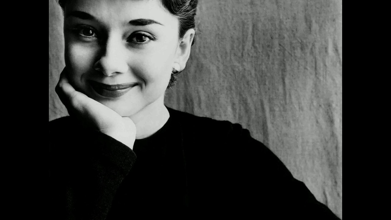 Audrey Hepburn - Moon River (Best Version )