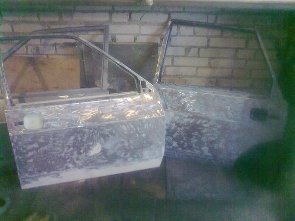 Lada 21099 0e0L_yC8wEs
