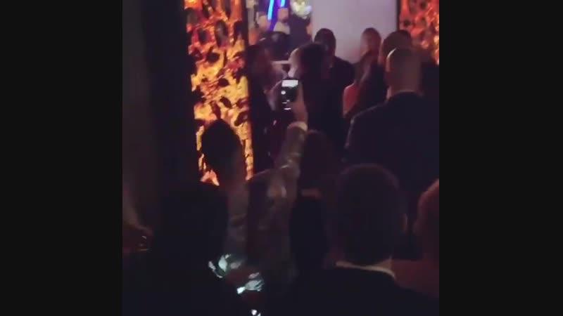 Леди Гага в баре в Лас-Вегасе (20 января)