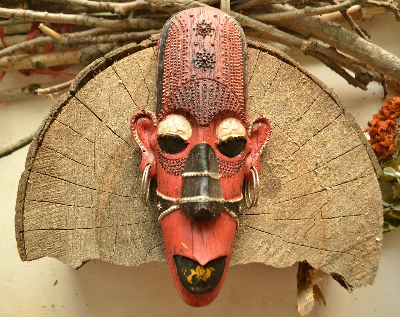 описаниемасок - Настенные маски с магическими программами.  DmtDhbbwduw