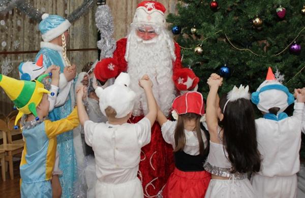 Дед Мороз и Снегурочка в школу, детский сад