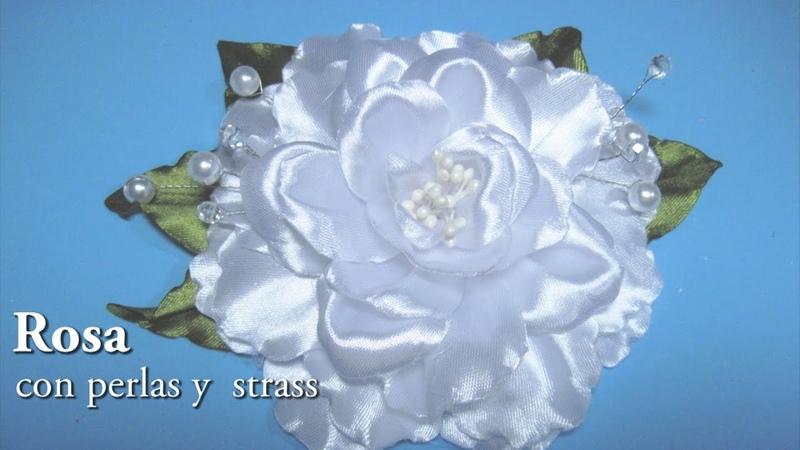 DIY - Rosa blanca con perlas y strassDIY - rose with pearls and rhinestones
