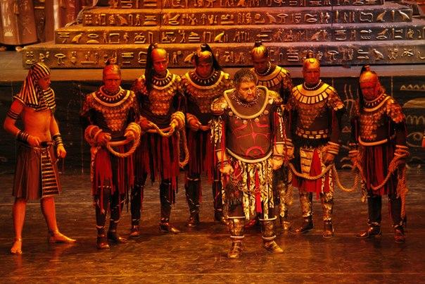 схема зала театр оперы
