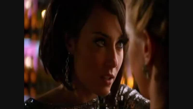 Melrose Place - Lesbian Kissing Scene with Katie Cassidy (Ella) Wendy Glenn (Melissa)