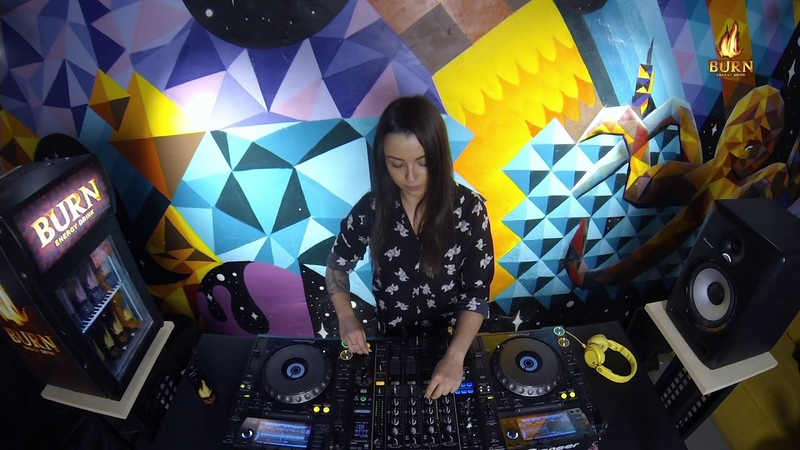 Ksenia Pavlova - Live @ Radio Intense 19.04.2018