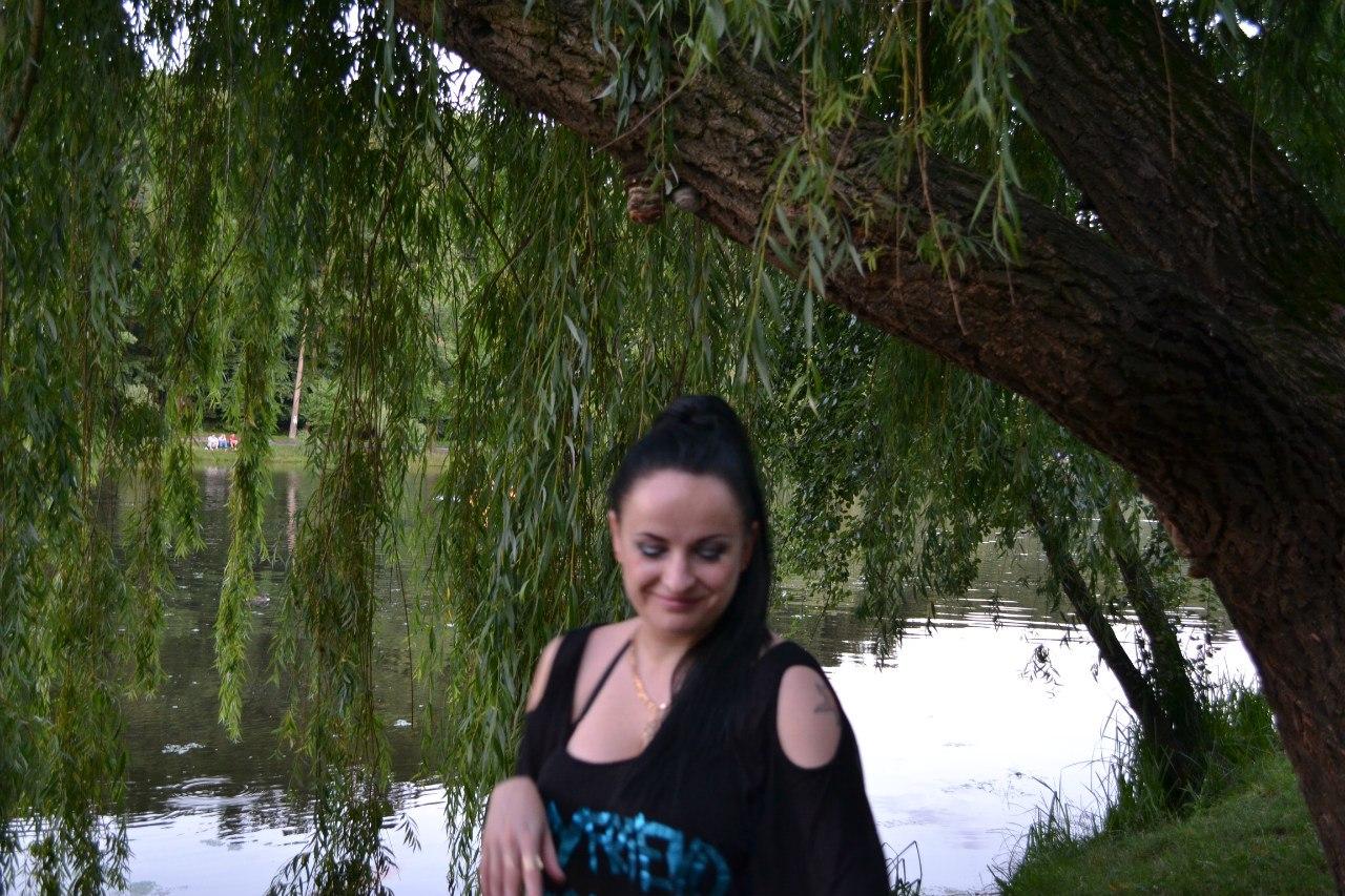 Елена Руденко. Киев. Голосеевский район. Лето 2014 г.  LquwyPxJCuI