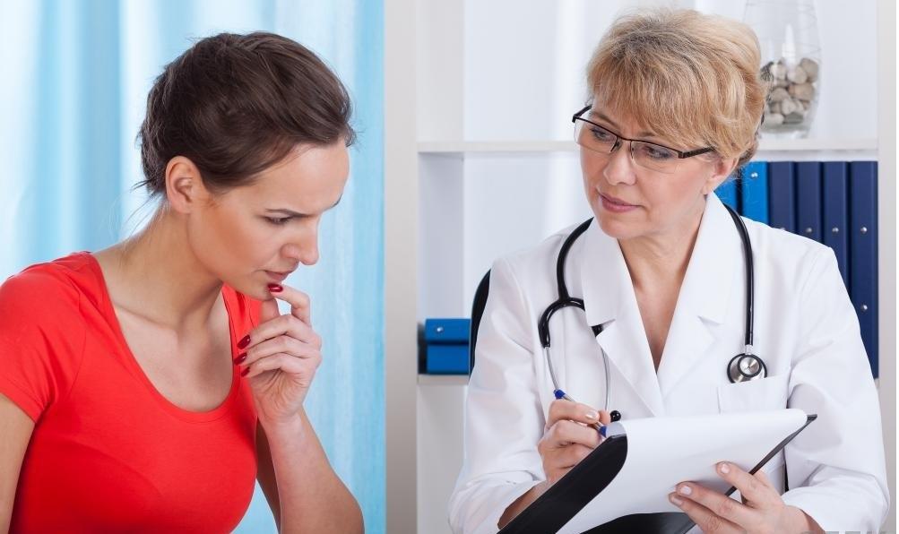 Врач может немедленно обсудить результаты эхокардиограммы с пациентом.
