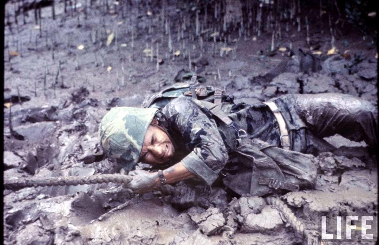 guerre du vietnam - Page 2 4fBCidCWObk